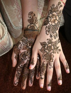 Cute Eid 2011 Mehndi Design Photo