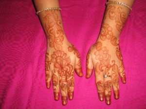Pakistani Mehandi Design for Hand