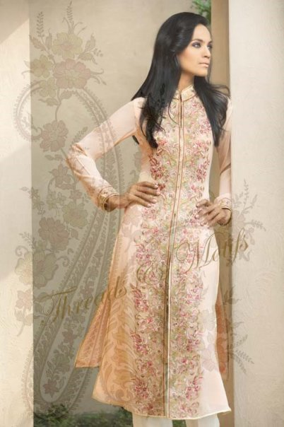 Beautiful Dress by Threads and Motifs