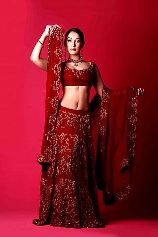 Beautiful Model Presenting Mahid Khawer Collection