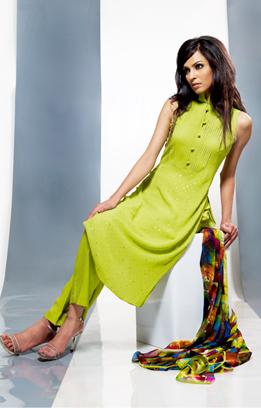 Latest Design Green Dress By Tazeen Hassan