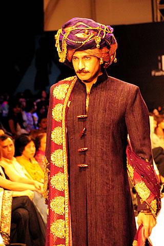 obaid sheikh karachi fashion week