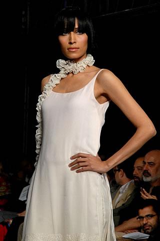 tazeen hassan pfdc sunsilk fashion week