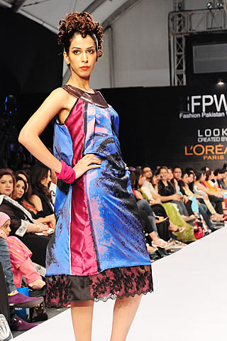 zaiena haider fashion pakistan week