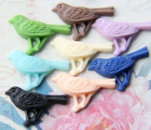 100 pcs of MINI resin birds on branch cabochon pendant -multi mixted colors