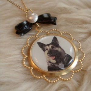 Dog Necklace for CHARITY.. Help save a puppy