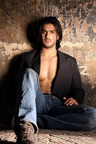 Ali Ejaz in Ammar Belal Men's Collection