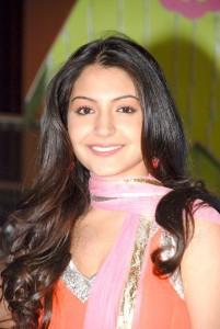 Anushka Sharma Cute Picture