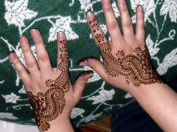 Fancy Mehndi Design: Latest Fancy Mehndi Design For EID 2011