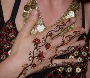 Unique Fashion Mehndi Design