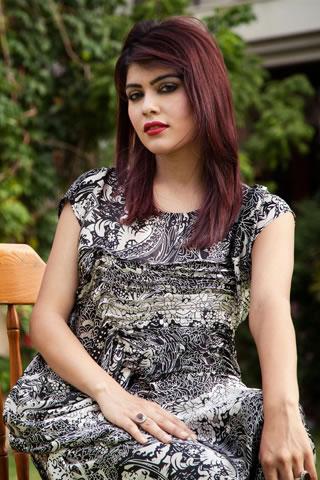 Latest Collection 2011 by Pakistani Designer Hira Lari