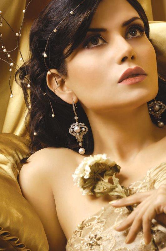 Alina Pakistani Model Photoshoot by Guddu & Shani