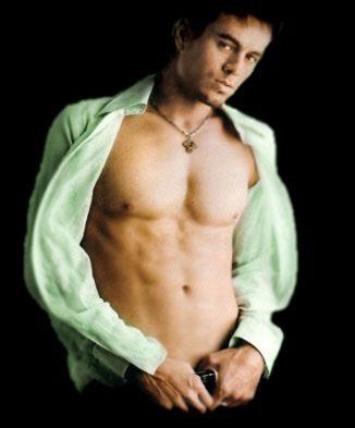 Enrique Iglesias Hot Picture