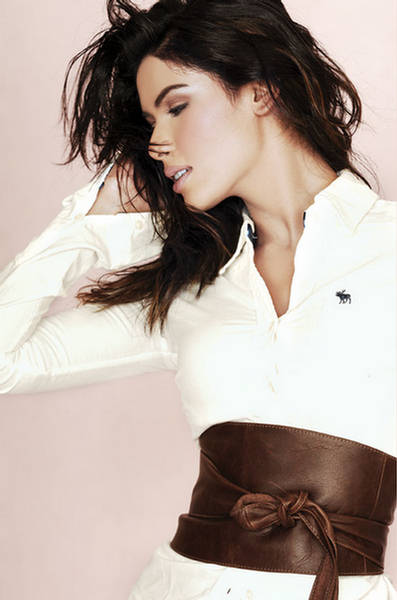 Hot Pakistani Model Neha Ahmad