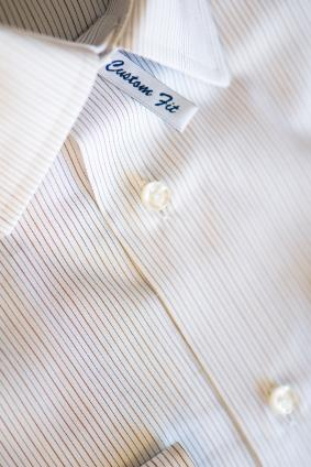 How to Fit a Dress Shirt