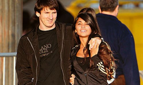 Lionel Messi with Girlfriend