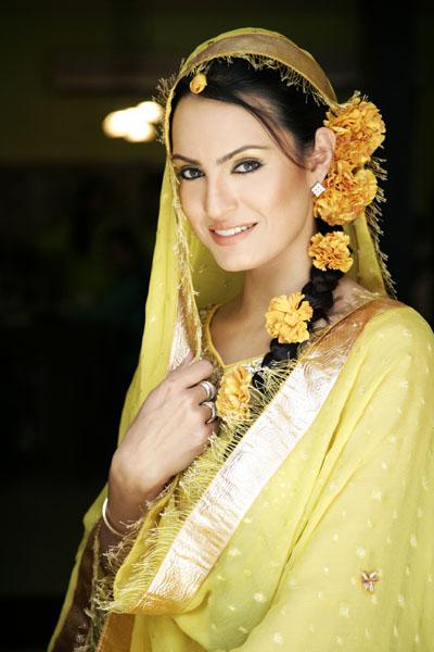 Nabila Hair Stylist for Bridal Makeup