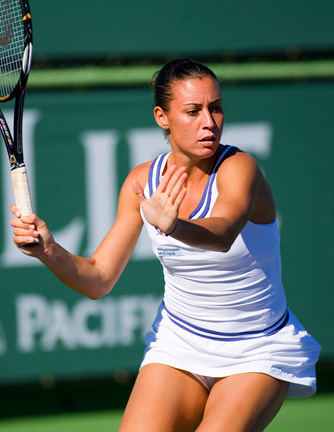 flavia pennetta tennis action
