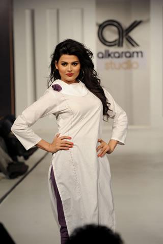Al Karam Fashion Show in Lahore