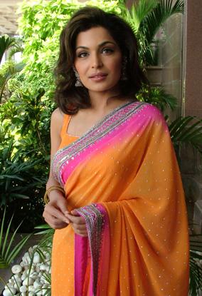 Meera in Drama Bichre To Ehsas Hua