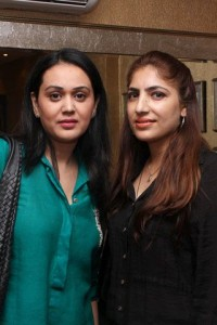 Mehreen and Arooj - Sonar Jewelers Studio Launch