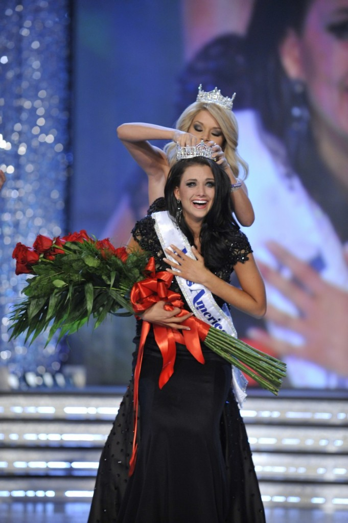 Miss America 2012 Laura Kaeppeler Reacts After Crowned Winner