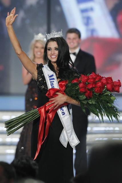 Miss Wisconsin Laura Kaeppeler