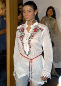 Kurti Designs in Pakistan