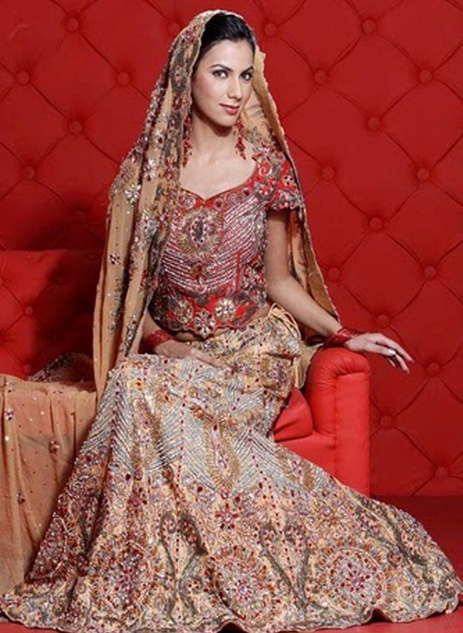 Bridal Lehengas in Red with Price Online Collection 2013 ...
