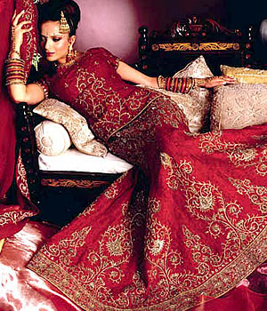 Dress Designer Online on Designer Bridal Dresses 0 Comments