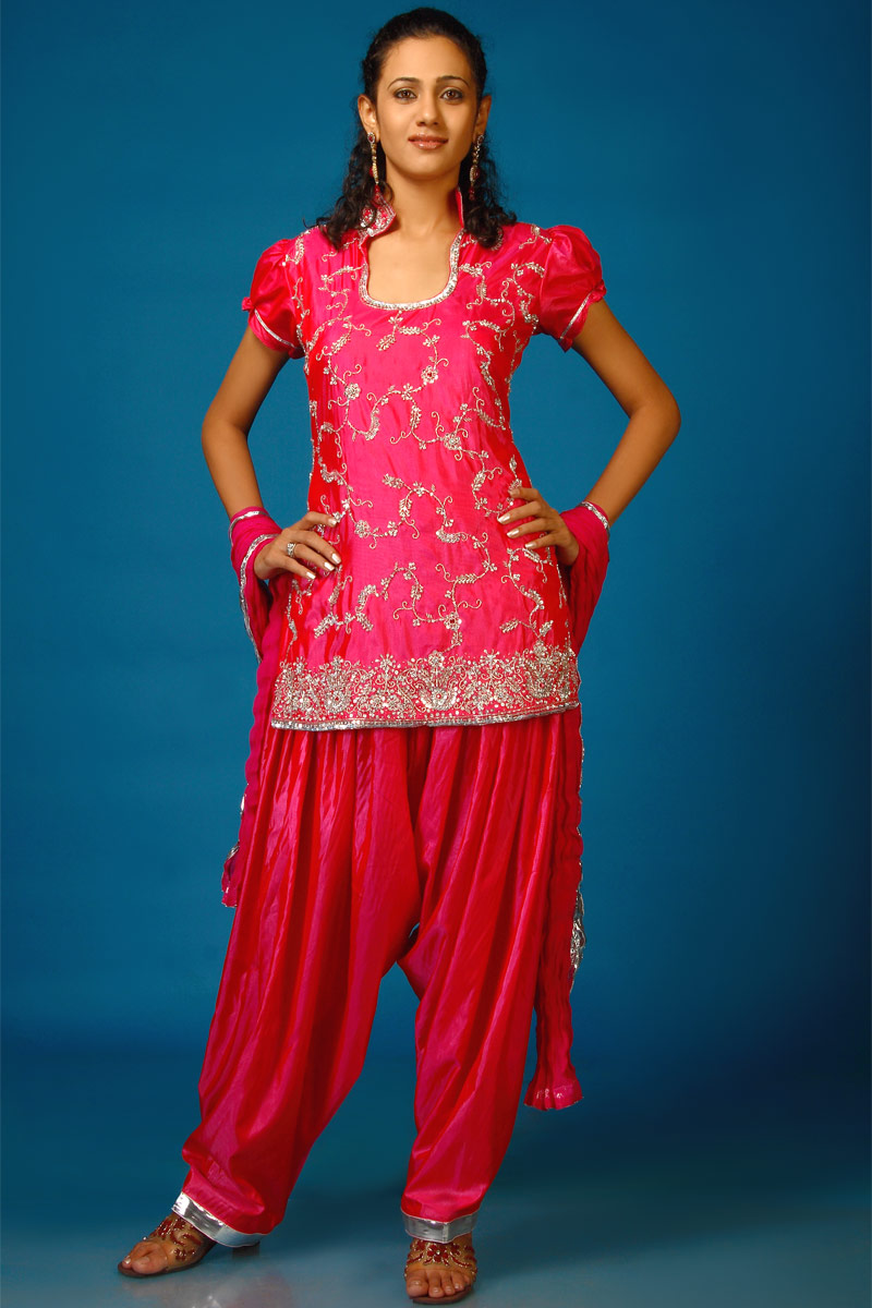What do Indians wear?