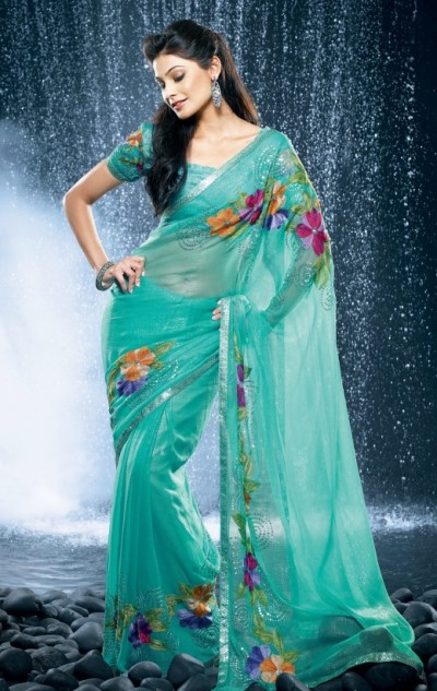Fashion Designs 2012 on Saree Designs 2012   Fashion