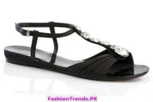 Casual Flat Sandals by Unze