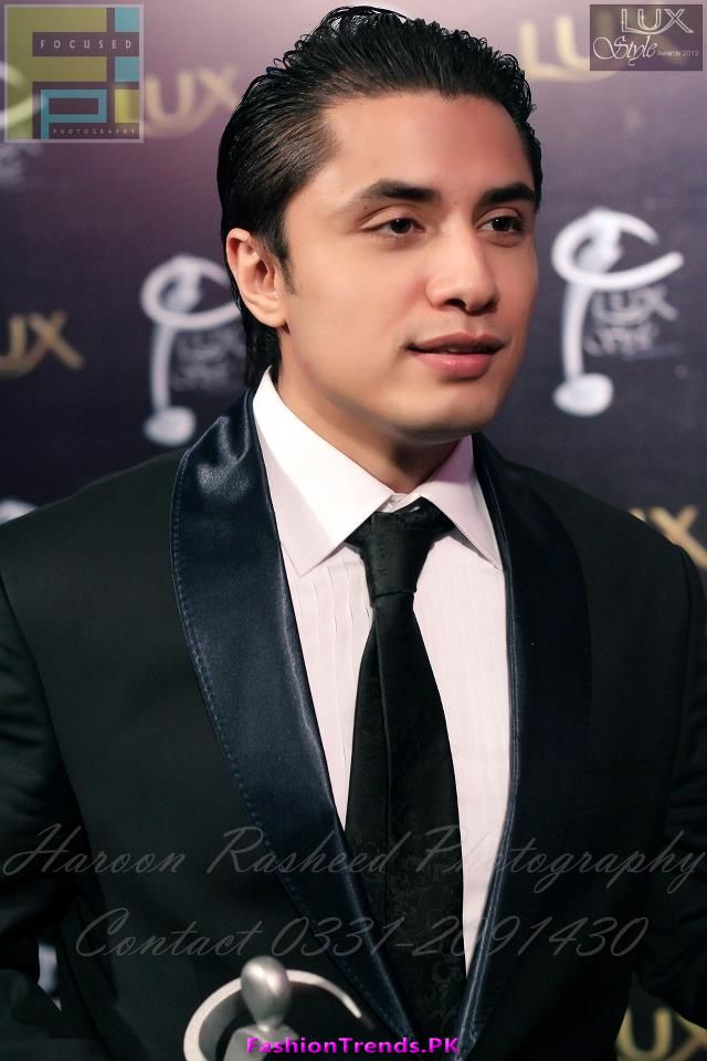 Ali Zafar Wins the Best Album Award at LSA 2012