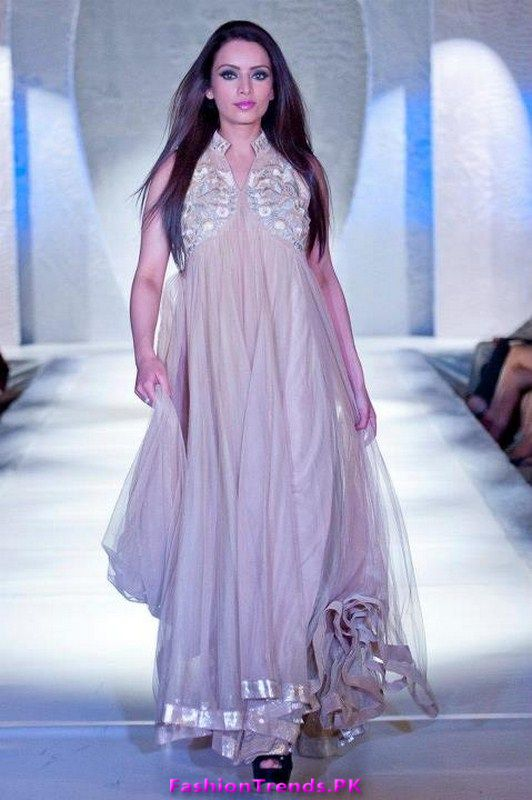 Falak Naz Latest And Exclusive Collection 2012 In Pfw