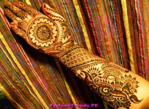 Bridal Mehndi Designs for Girls 2012