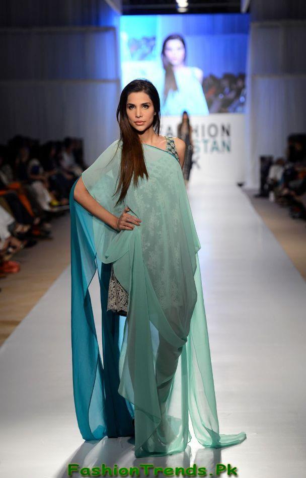 Ayesha hassan fashion week dress 2017