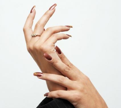 Reasons for having Long Nails