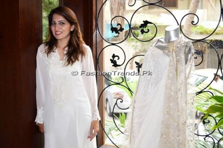 Ayesha Somaya Eid Exhibition 2013 (6)