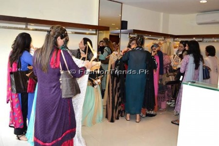 Ayesha Somaya Eid Exhibition 2013 (8)