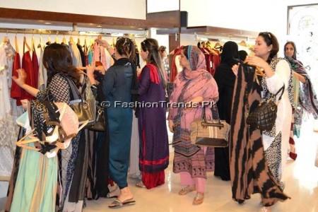Ayesha Somaya Eid Exhibition 2013 (10)