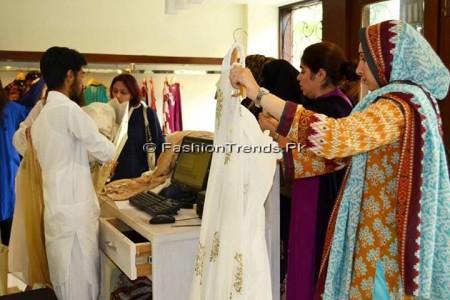 Ayesha Somaya Eid Exhibition 2013 (13)
