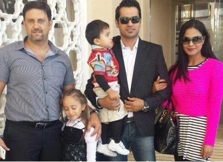 Veena Malik to perform Umrah with Husband