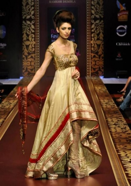Beautiful indian bridal wear dresses uk 2014 by designers for Indian wedding guest dresses uk