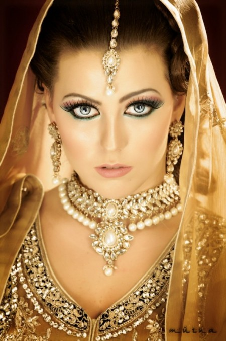 Latest & Trendy Pakistani & Indian Bridals Jewelry Designs 2014