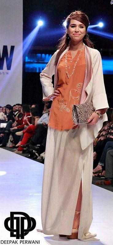 Deepak Perwani Collection Showcased At Fashion Pakistan Week 2014