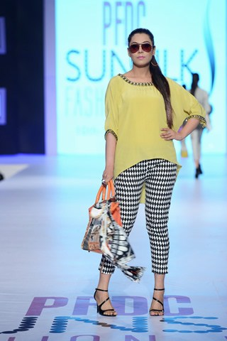 Review And Pictures of PFDC Sunsilk Fashion Week Day 2