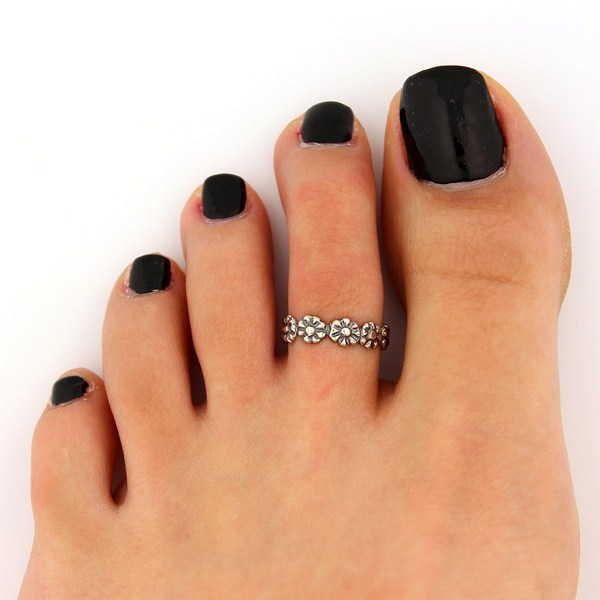 Trends Of Toe Ring Designs For Women Trends Of Toe Ring ...