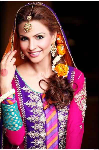 Mehndi Hairstyles Latest : Mehndi function new bridal hairstyles fashion