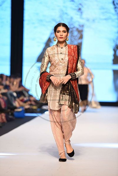 Fashion Pakistan Week Autumn Winter 2014 Day 2 Sanam Chaudhri Collection Fashion Trends